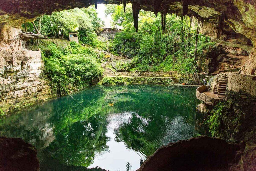 el cenote zací