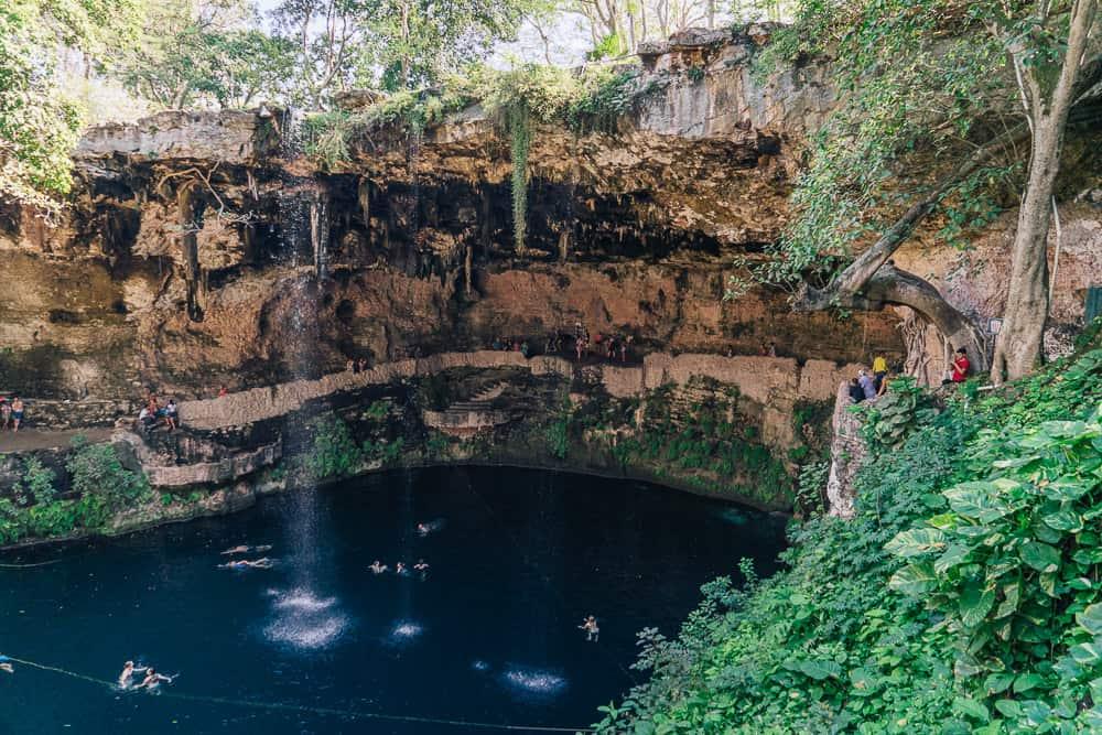 el cenote zaci valladolid mx leyenda
