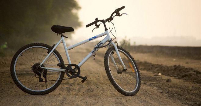 leyenda del joven de la bicicleta