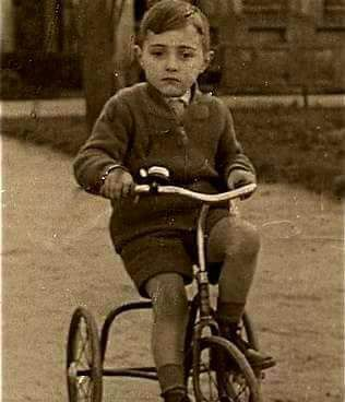 leyenda del niño del triciclo