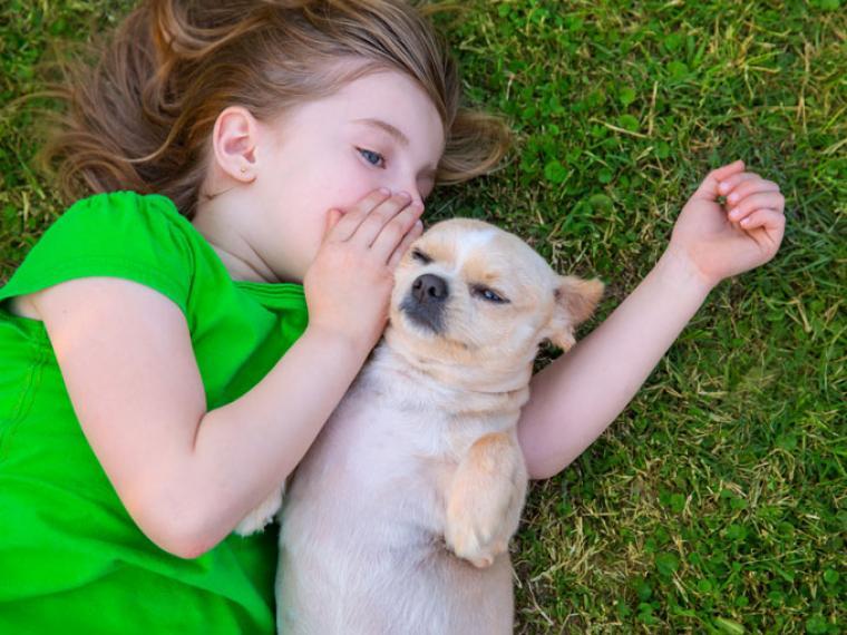 leyenda de la niña y el perro